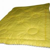 China Polyester quilts with 7D hollow fiber filling on sale