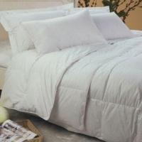 Quality Bedding Four Season Comforter, Includes Summer and Autumn Quilt, 75% White Duck Down for sale