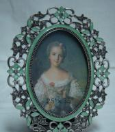 China metal picture frame oval photo frame on sale