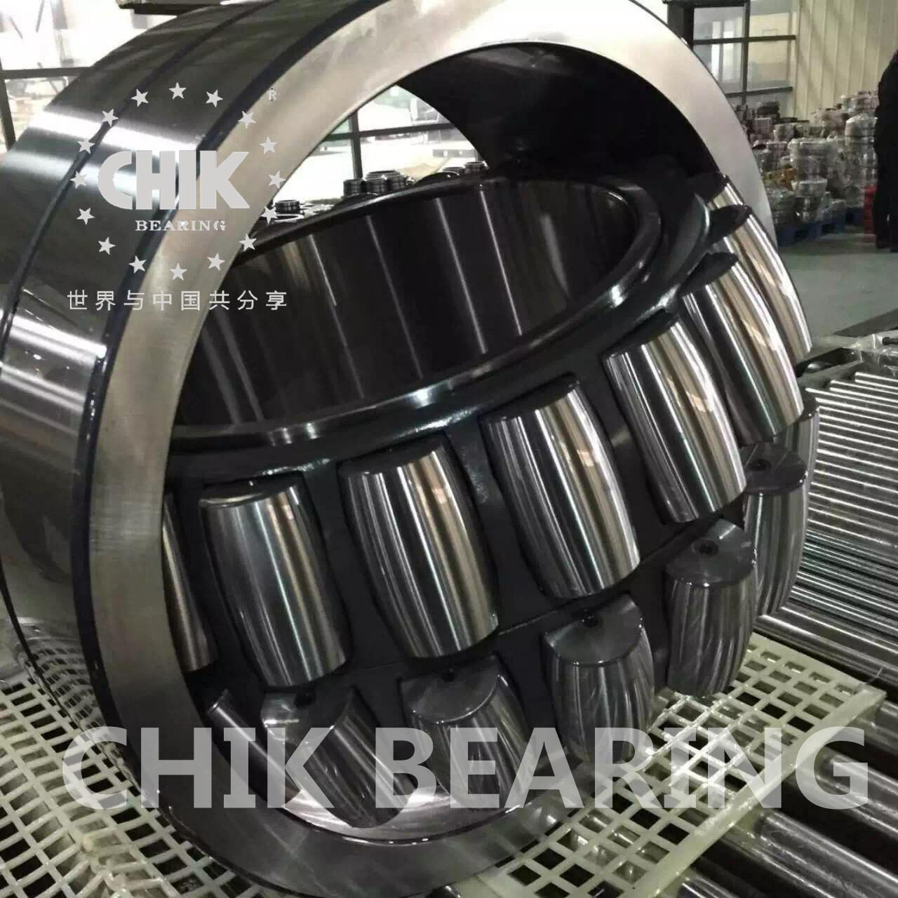 Quality 22324cc/w33 Double row steel cage Spherical Roller Bearings with lubrication holes for sale