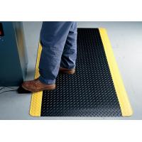 Quality Indoor Large Black Anti Fatigue Floor Mats With Yellow Side , Slip-Resistant for sale