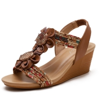 Quality BS036 Sandals Women2020 Summer New Sandals Casual Fashion Word Belt Mid-Slope Heel Sandals Female Mother Shoes for sale