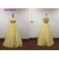 China Bling Yellow Sleeveless Prom Ball Gowns For Ladies Beading Pattern Customized Size on sale