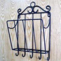 China Metal Wire Magazine Holder with Hooks, For Home Decoration on sale
