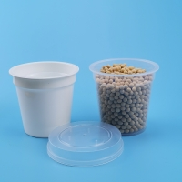 China FDA Eco Friendly 450ml PP Plastic Sauce Cups With Lids on sale