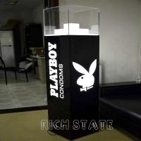 Quality Acrylic display cases for sale