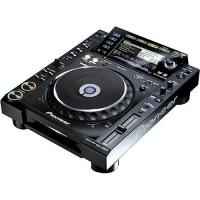 Quality Pioneer CDJ-2000 Professional Multi-Media /CD Player for sale