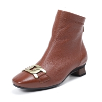 Quality HZM029 Embroidered Retro Women'S Boots Autumn And Winter New Style Leather Women'S Shoes Pointed Toe Temperament Mid-Hee for sale