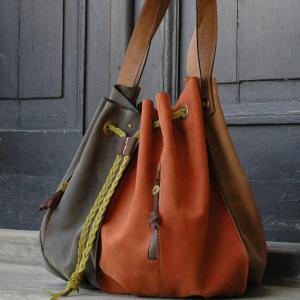 China handmade leather woman handbag OVERSIZE LADYBUQ bag on sale