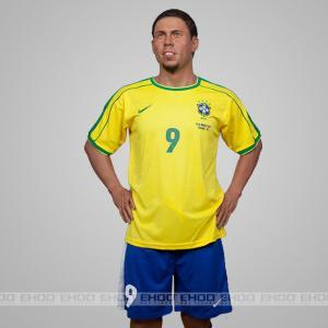 Football Player Ronaldo Amazing Wax Figures Customization Similarity