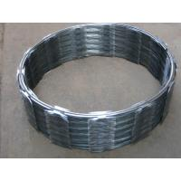 Quality Single Coil Concertina Razor Wire Diameter 450mm Barbed Wire CBT-65 for sale