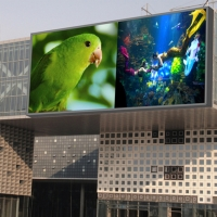 China Street Advertising Iron Box 7000nits P10 Outdoor Led Display on sale