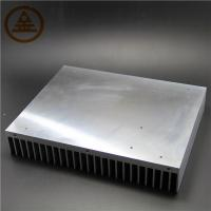 Quality Customized Aluminum Heat Sink , Extruded Aluminum Heatsink Stock for sale