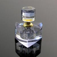 Quality Environment Friendly Polished Crystal Perfume Bottles With Transparent Top Cap for sale