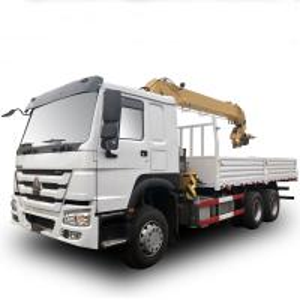 Quality Howo Sino 6x4 Cargo Crane Truck / 10 Ton  Telescopic Boom Truck Mounted Crane for sale