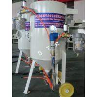 China Tiny Portable Abrasive Blasting Machine Remove Rust on Car Accessory Boat Part Steel on sale