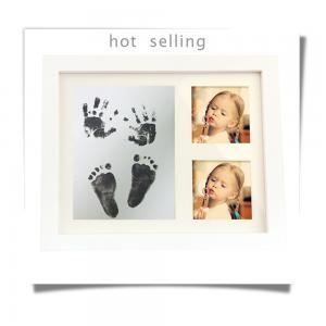 China newborn baby souvenir 2016 best selling handprint and footprint frame kit ink pad on sale