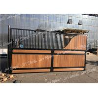 China Durable Luxurious Stables Horse Stall Fronts Stable With Sliding Door Panel on sale