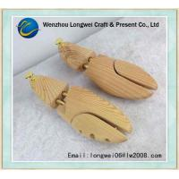 Quality Practical Pine Wooden Shoe Stretcher / Shoe Shape Keeper For Gentlemen for sale
