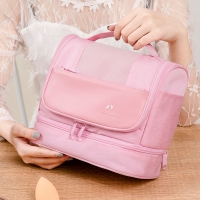 China Abrasion Resistant Anti Odor Polyester Cosmetic Bag For Travel on sale