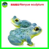 Quality special attraction large frog sculptures statues of fiberglass nature painting as landscape for sale