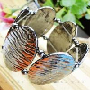 Quality Fashion Jewelry Alloy Bangle/Bracelet Ljh0025 for sale