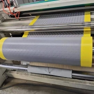 Quality 100% recycle homogeneous fast welding speed TPO walkway pad Tpo Waterproofing Membrane for sale