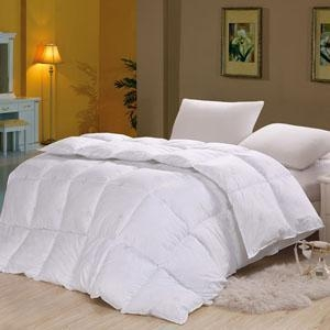 Buy high strength and elastic 100% polyester fiber quilt hotel bedding at wholesale prices