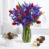Quality Flowers & Berries Hugs and Kisses with 6 Fancy Strawberries & Cheesecake Trio for sale